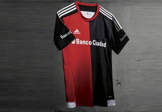 Primera equipación de un club argentino