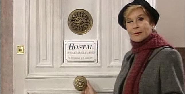 19924 - Relaciona cada serie española con el objeto que guarde relación