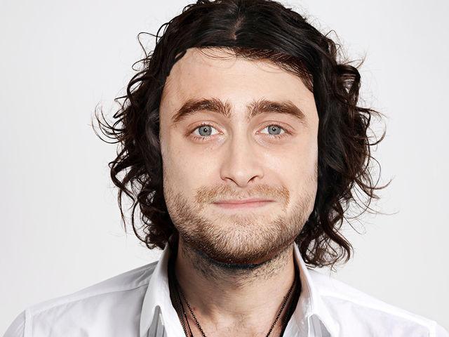 ¿Qué pelo lleva Daniel Radcliffe en esta foto?