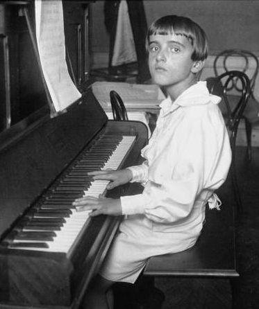 ¿Quién es el compositor de la música de El Padrino?