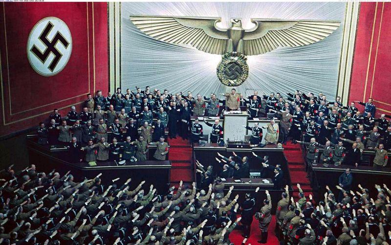 20301 - Curiosidades del Nacional Socialismo (Nivel Medio)