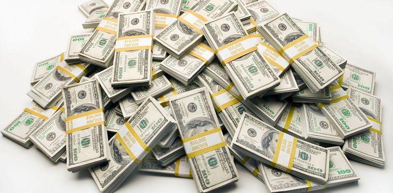 Encuentras un millón de dólares...¿Qué haces con ese dinero?