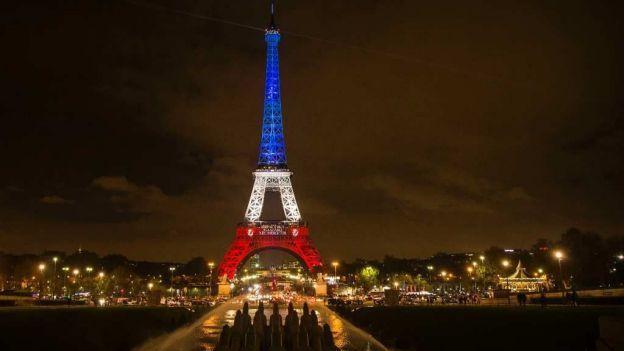 La Marseillaise: ¡En marcha, hijos de la Patria, ha llegado el día de gloria!...