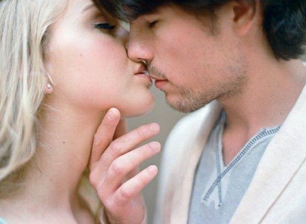 Al iniciar una relación, el primer beso es señal de: