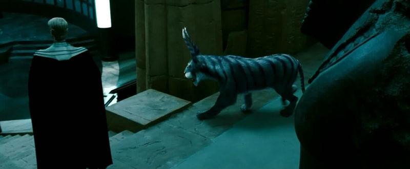 ¿Cómo se llama la mascota de Ozymandias?