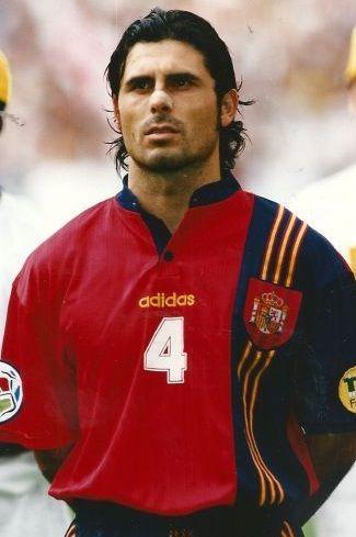 ¿Cuántos partidos jugó Rafael Alkorta con la selección española?