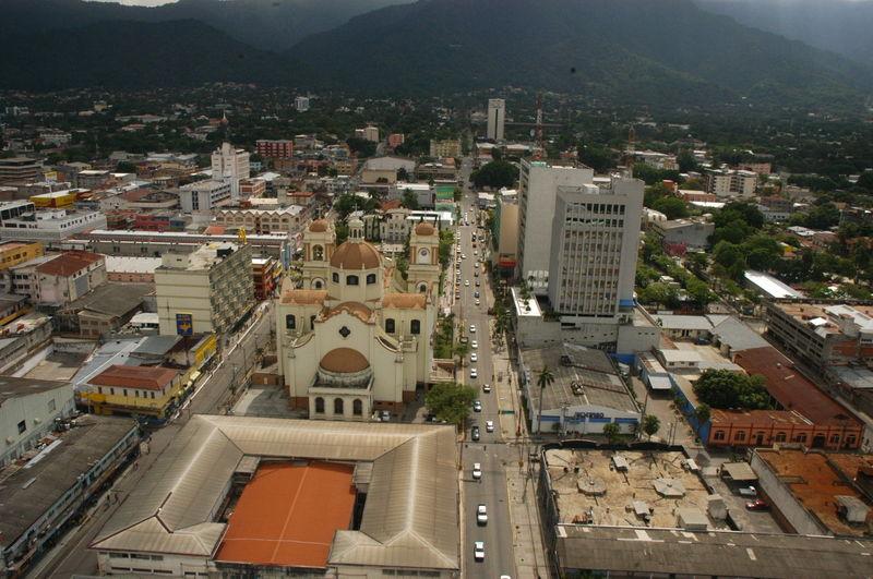 Desplazamos hacia el centro de América, empezando por San Pedro de Sula ¿Sabes dónde esta ubicado?