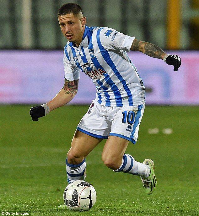 ¿A qué club ha sido traspasado el delantero Lapadula? (Procedente del Pescara)