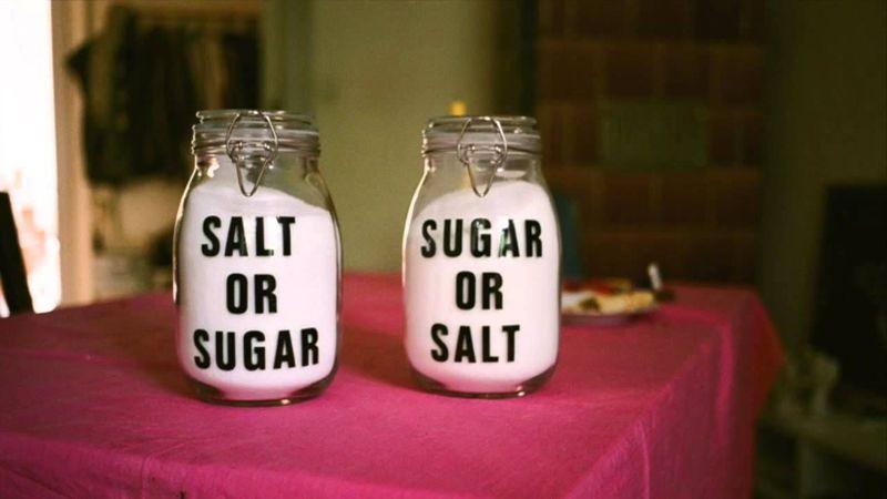 ¿Probaste a ponerle azúcar a algo con mucha sal para que supiera normal de nuevo?