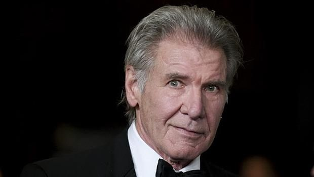 Harrison Ford antes de ser actor desempeñaba labores de...