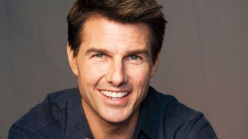 Tom Cruise antes de ser actor tuvo varios trabajos, uno de ellos fue...