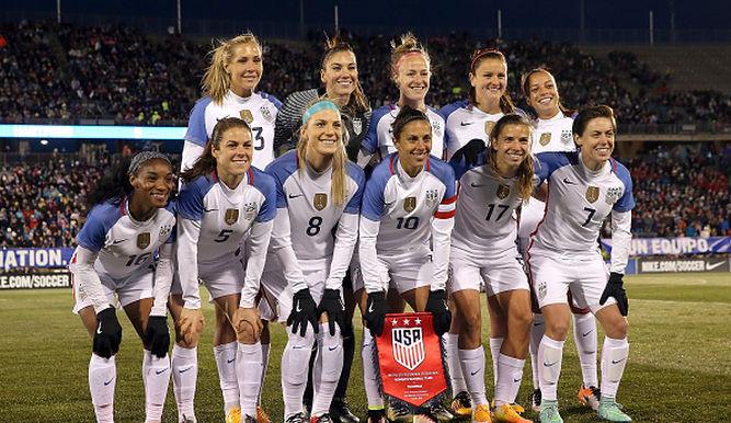 ¿Qué equipo no tiene ninguna medalla en la rama femenil?