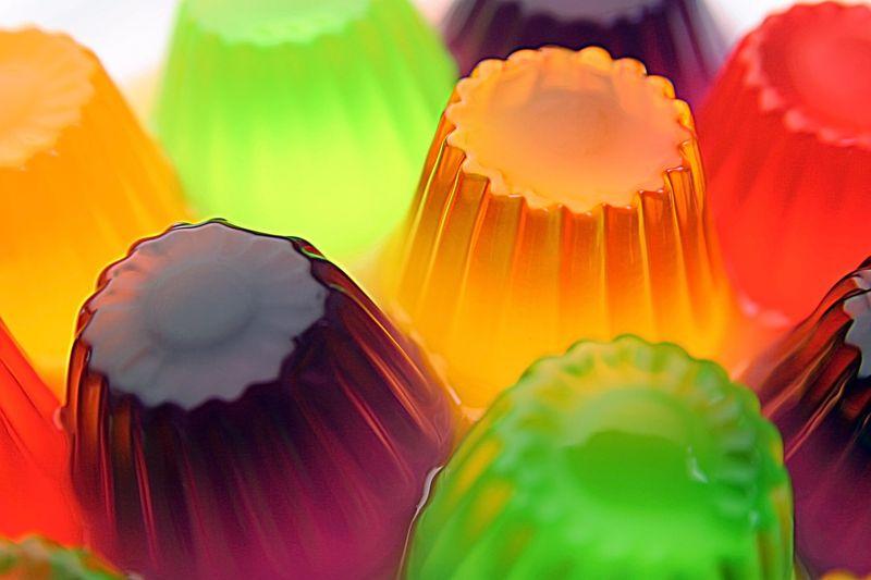 La gelatina contiene huesos de animal