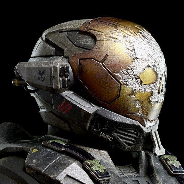 ¿A que miembro del escuadrón Noble pertenece este casco?