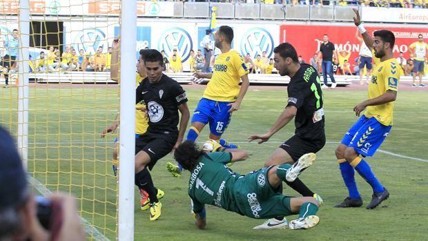 ¿Quién metió el gol del ascenso del Córdoba en la temporada 2013/14?