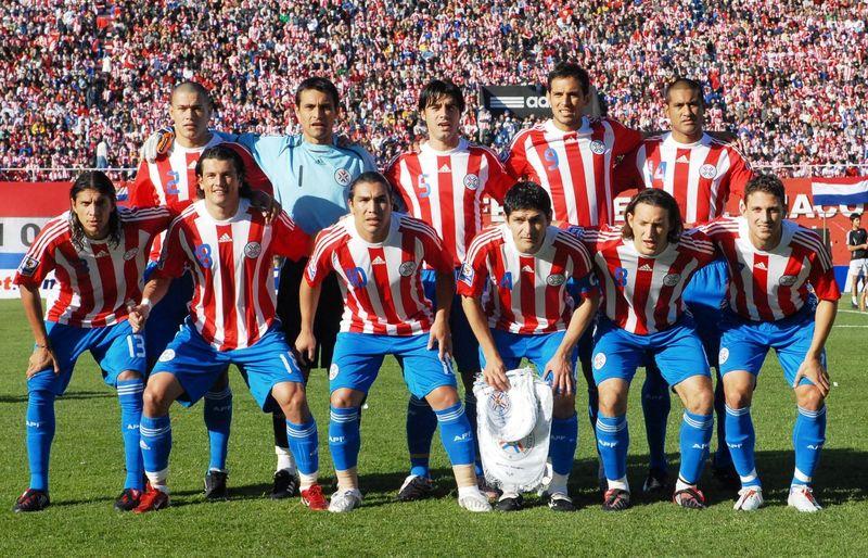¿Quién es el máximo goleador de la selección paraguaya?