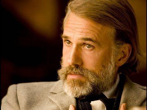 La Película: El personaje de Cristoph Waltz, aparte de ser Cazarrecompensas tiene un negocio que le encubre, ¿Cual?