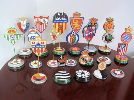 21177 - Relaciona cada club de fútbol español con el presidente que estuvo al mando en su momento.