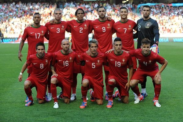¿Quién es el máximo goleador de la selección de portugal?