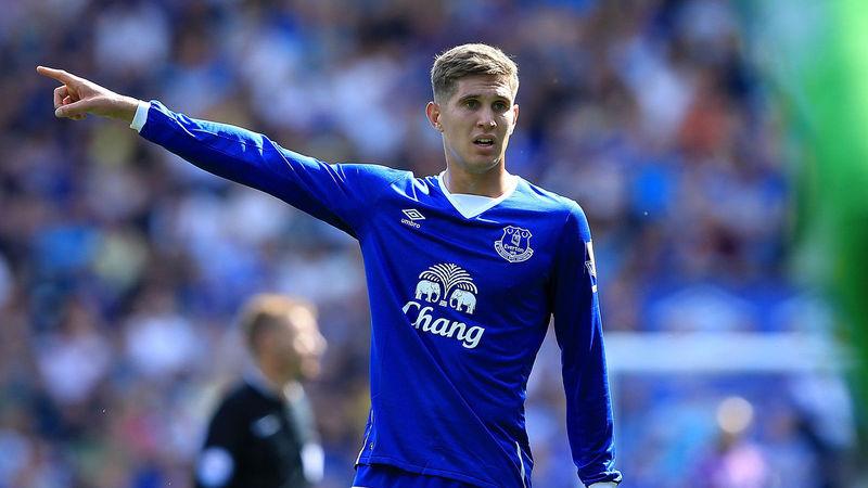 Nos vamos al Everton, el joven defensa Stones