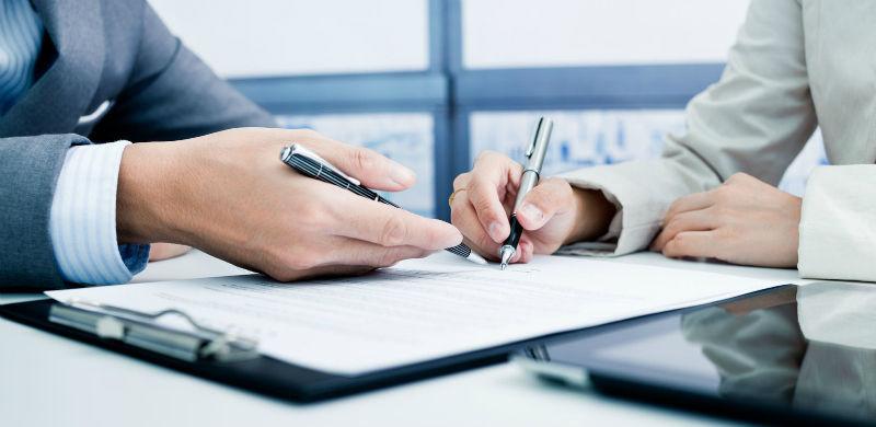 Otra cuestión que se plantea, es el tema de los contratos. ¿Cómo ves los contratos que existen hoy en día?