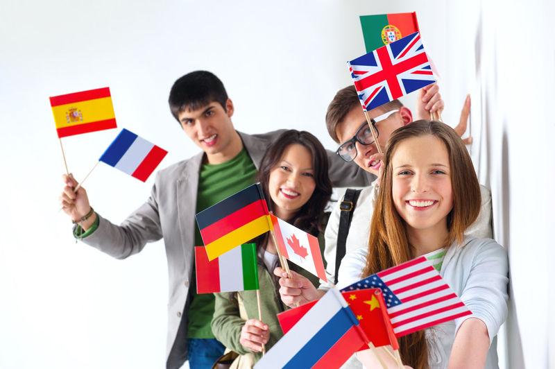 Por último, si quisieras mejorar tu situación laboral o no encontrases trabajo, ¿te irías al extranjero?