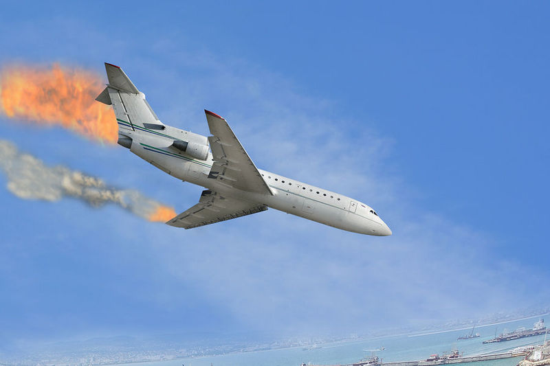 ¡Gilip*llas! ¡Has alterado el funcionamiento del avión y los motores han dejado de funcionar!