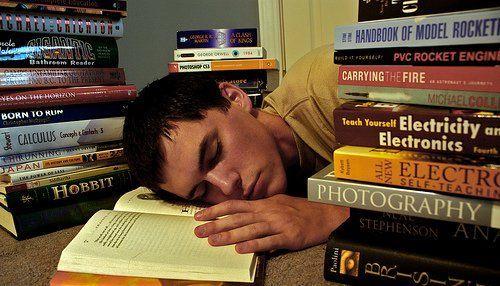 Tienes que leer un libro para un trabajo (supontelo). ¿Cómo prefieres leerlo?