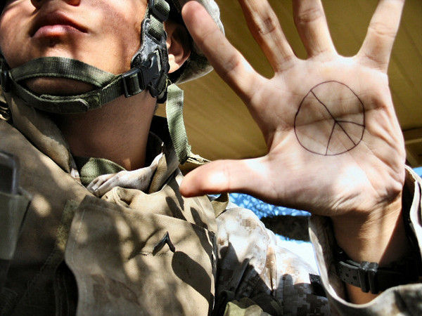 Si vis pacem para bellum. Si quieres paz, prepara la guerra. ¿Qué opinas de esta frase?