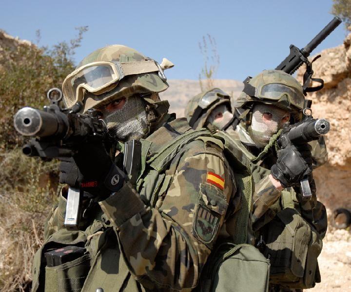 ¿Estás a favor de que se mantengan ejércitos en occidente?