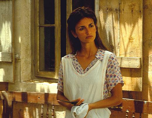 ¿Con qué famoso actor trabajó en la película All the Pretty Horses, siendo una de sus primeras películas en Estados Unidos?