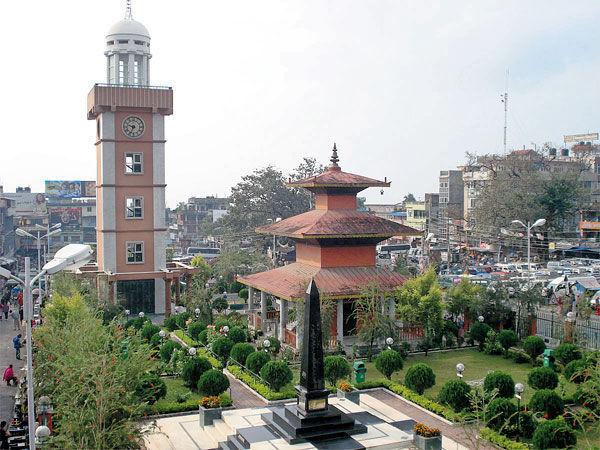 Vamos a compicarnos un poquito más, vamos a Dharan, ¿Cuál de estos paises se encuentra esta ciudad?