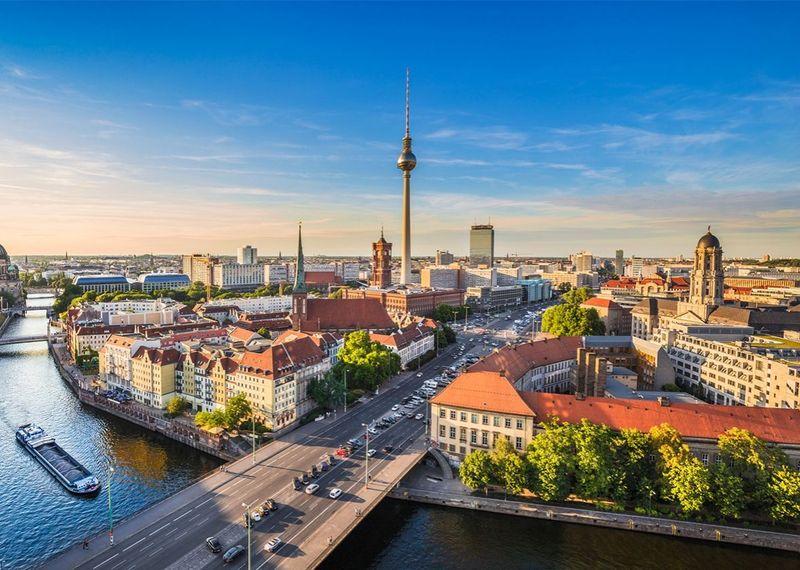 Bueno, llegamos a Europa, comenzando la más conocida, ¿Dónde se sitúa Berlín?