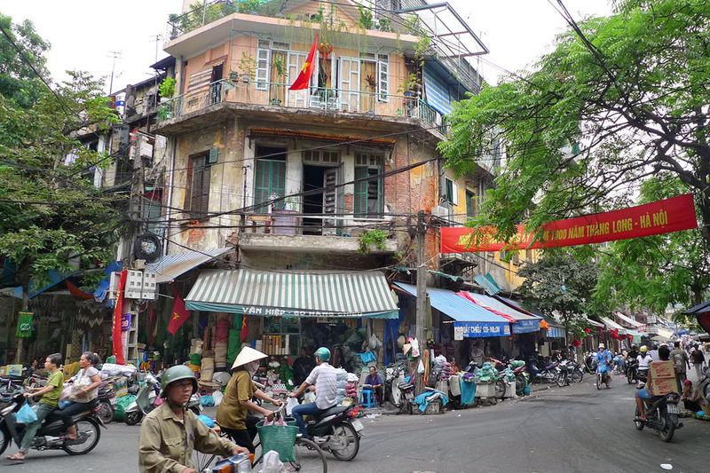 Bien, llegamos a Hanói, famosa por ser unas de las ciudades más turísticas del SE Asiático ¿Dónde se ubica esta ciudad?