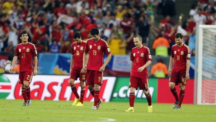 En 2014, Del Bosque y sus hombres caen en grupo habiendo encajado...