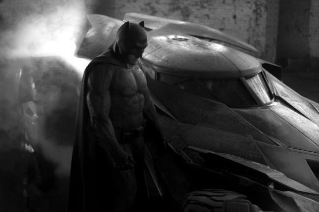 ¿Quién te gustaría que apareciera en la película en solitario de Batman que será dirigida por Ben Affleck?
