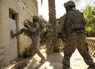 De repente entran los Swats echando la puerta abajo, tú...