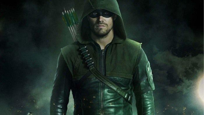 ¿En cuántos episodios de la serie aparece físicamente Oliver Queen (Arrow/Green Arrow)?