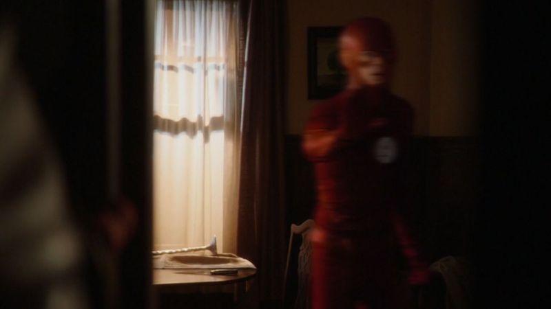 En la línea de tiempo original, ¿en qué año Barry Allen se convierte en Flash?