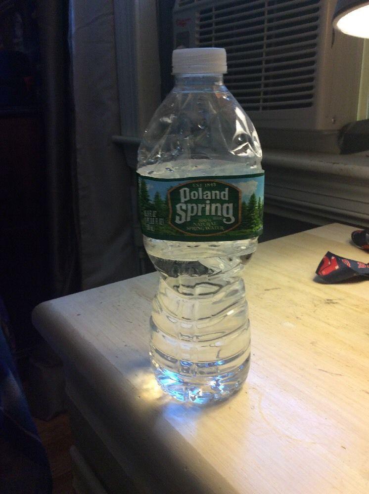 Botella de agua polaca