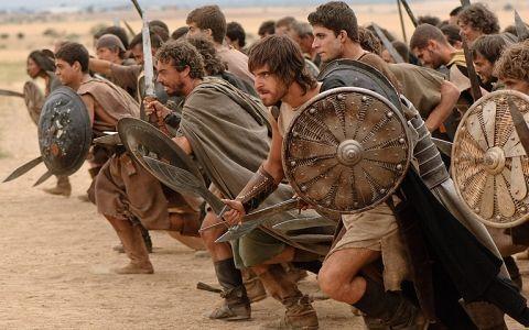 Los problemas continúan, han estallado violentas revueltas campesinas en buena parte Hispania.