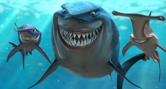 Los tiburones que están a la izquierda y derecha del anterior, no dieron tanto miedo, pero, seguro que no te acuerdas de ellos.