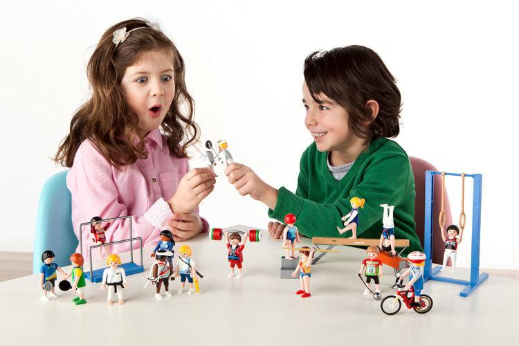 Medio: ¿Cuál es el porcentaje de los clientes de Playmobil en niños y niñas?