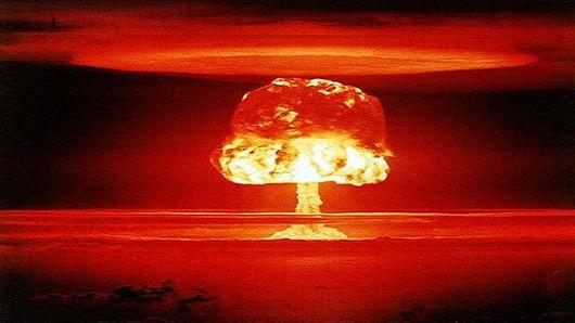 Has causado un destrozo a la humanidad tremendo. Los aliados temerosos piden la paz al eje.