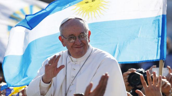 ¿Qué o quién habría influido al momento de la elección del papa según Nicolás Maduro?