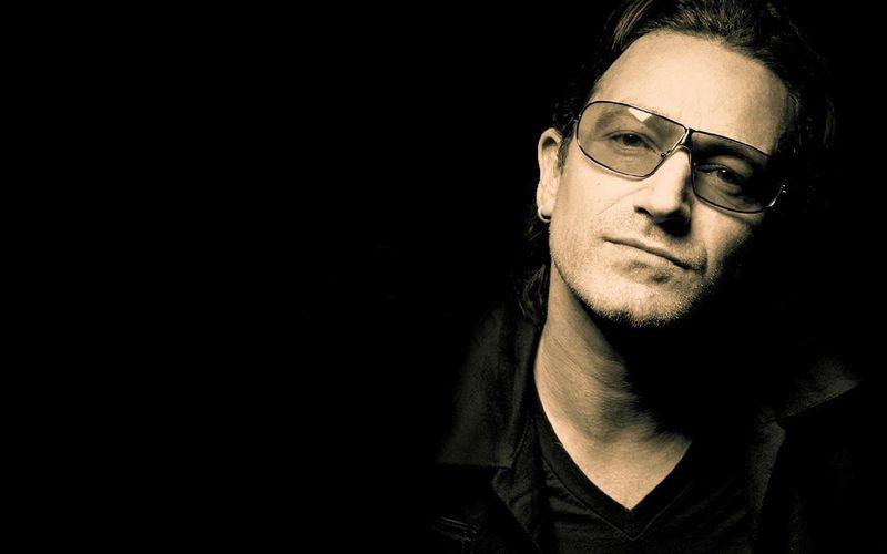 ¿Cuál es el verdadero nombre y apellido de Bono (U2)?