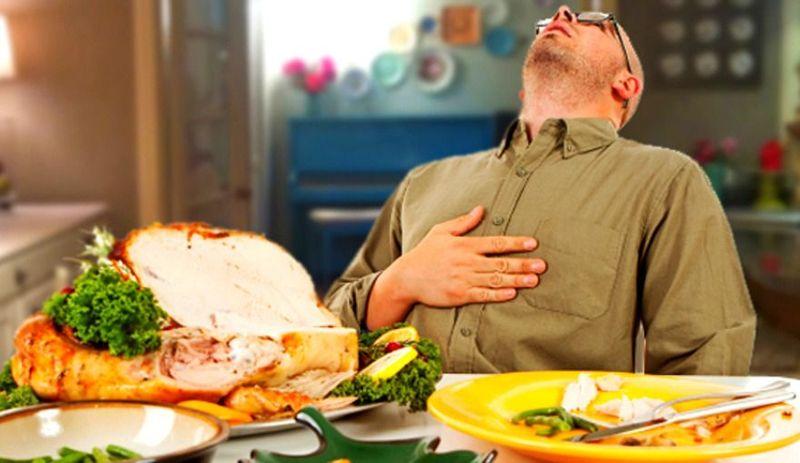 Sentado a la mesa dejas de comer: