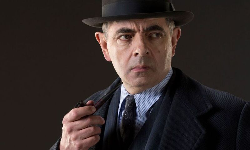 ¿Qué carrera universitaria tiene el actor Rowan Atkinson?