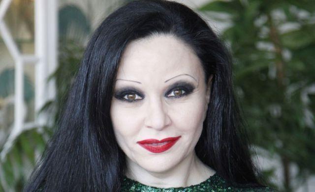 ¿Nació en España la cantante Alaska?