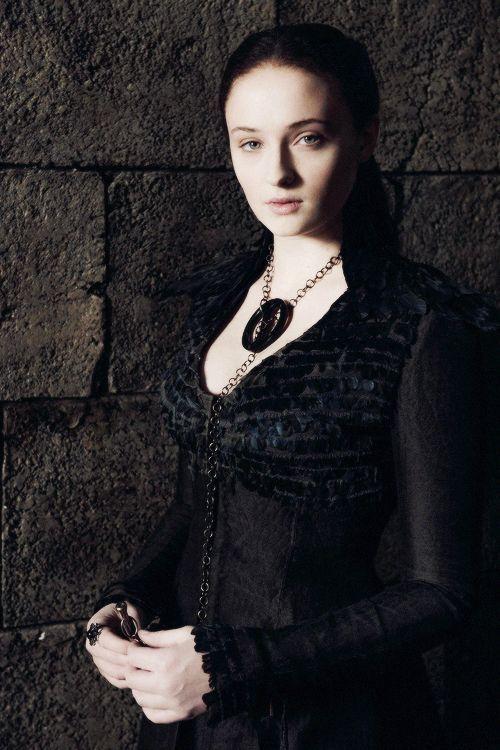¿Bajo qué nombre se oculta Sansa Stark como la supuesta hija bastarda de Meñique?